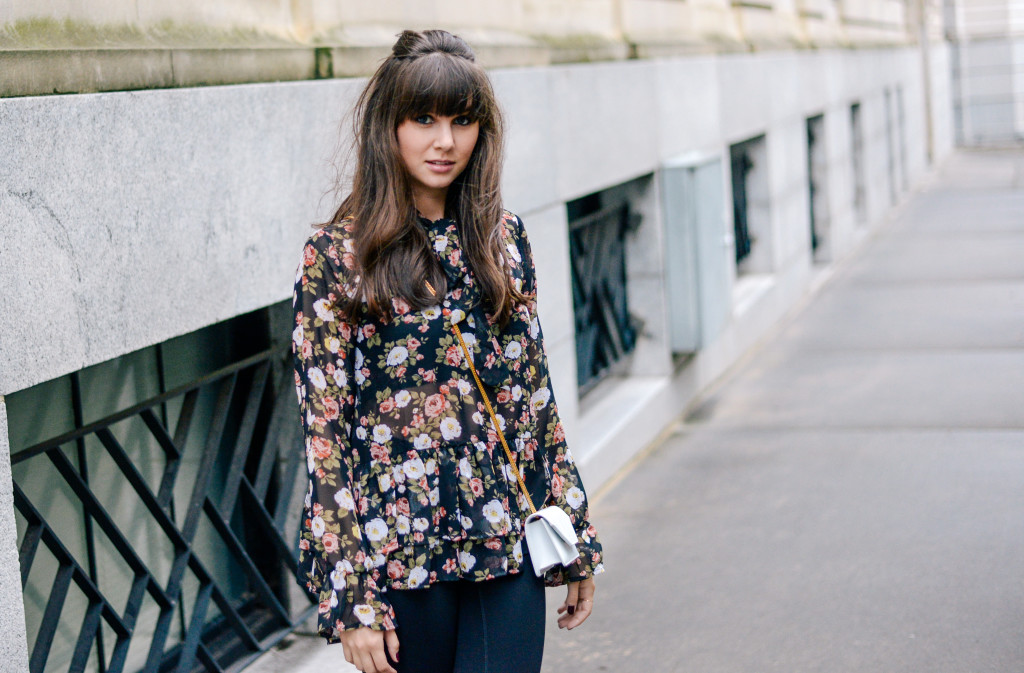 floral_bowtie_blouse_fashion_blog-3