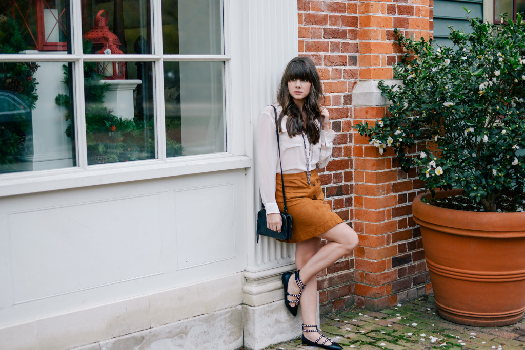 williamsburg_carolee_suede_skirt_fashion_blog-11