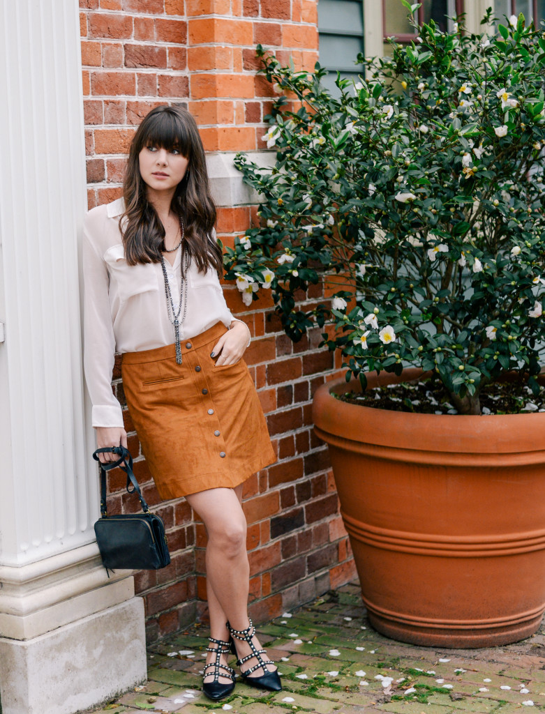 williamsburg_carolee_suede_skirt_fashion_blog-13