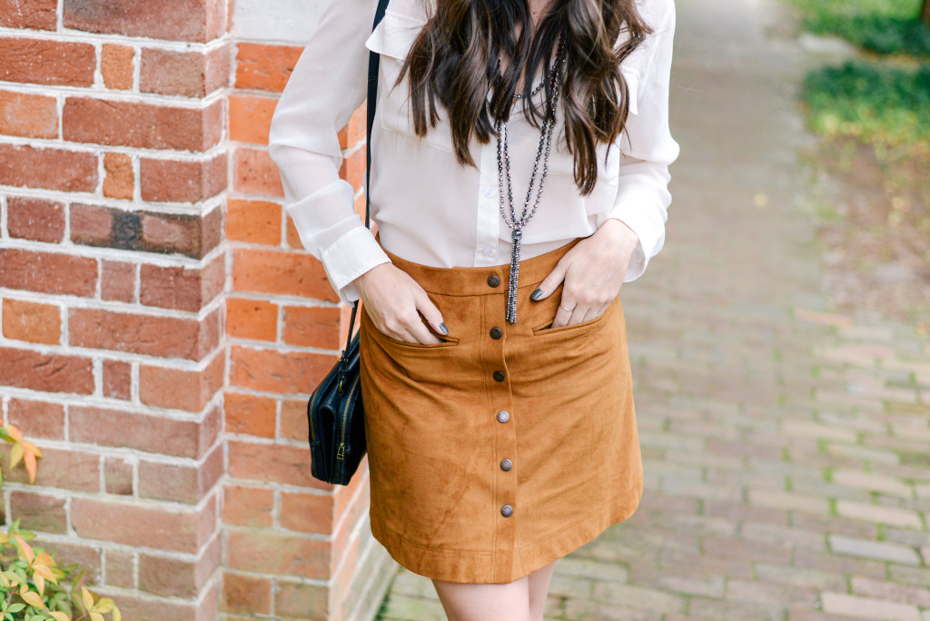 williamsburg_carolee_suede_skirt_fashion_blog-6