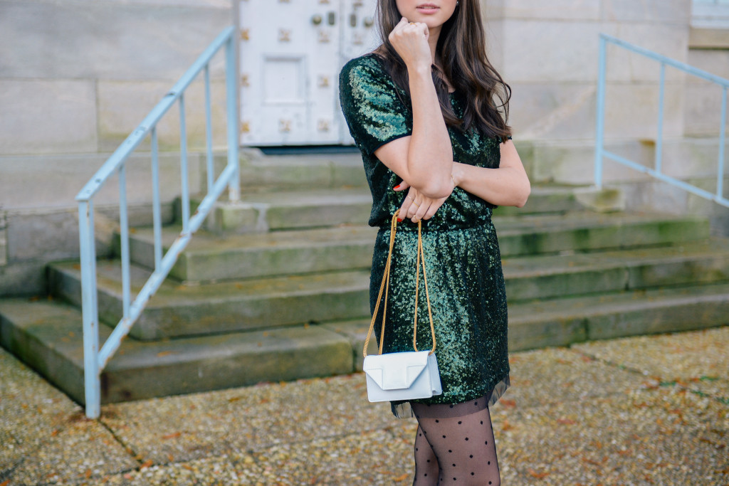 sequin_holiday_dress_fashion_blog-14
