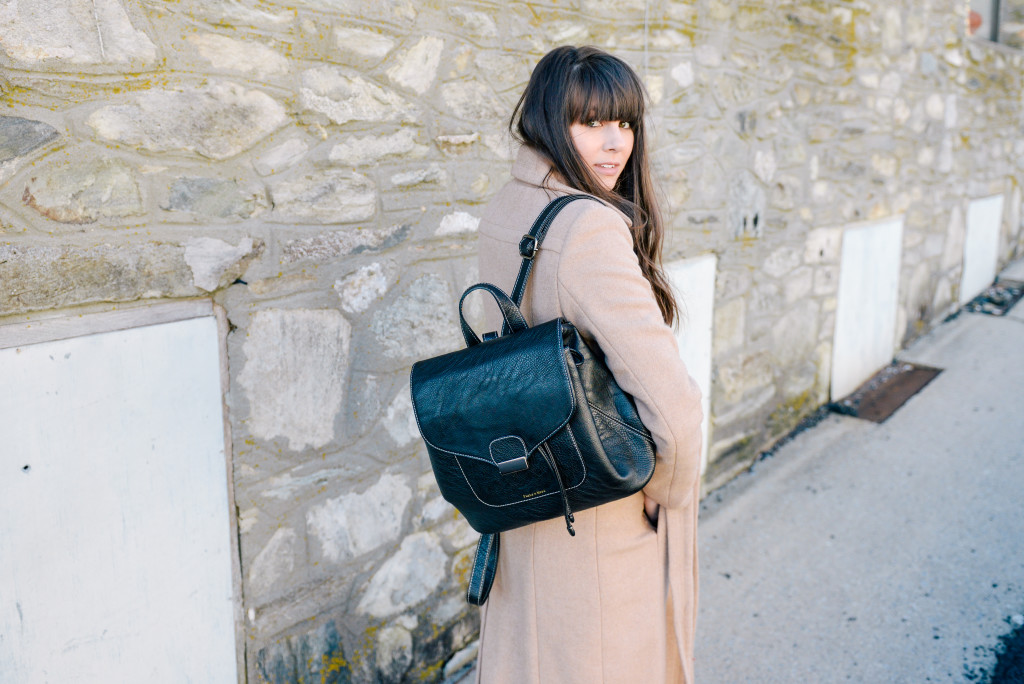 peacoat_backpack_blowing_rock_fashion_blog-11