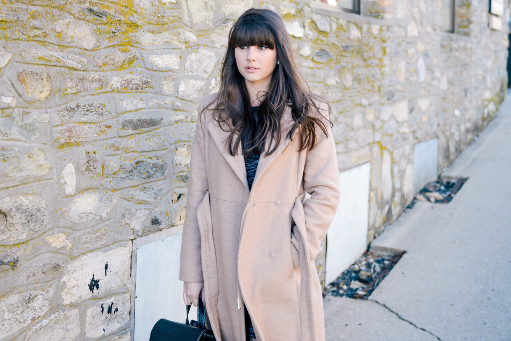 peacoat_backpack_blowing_rock_fashion_blog-5