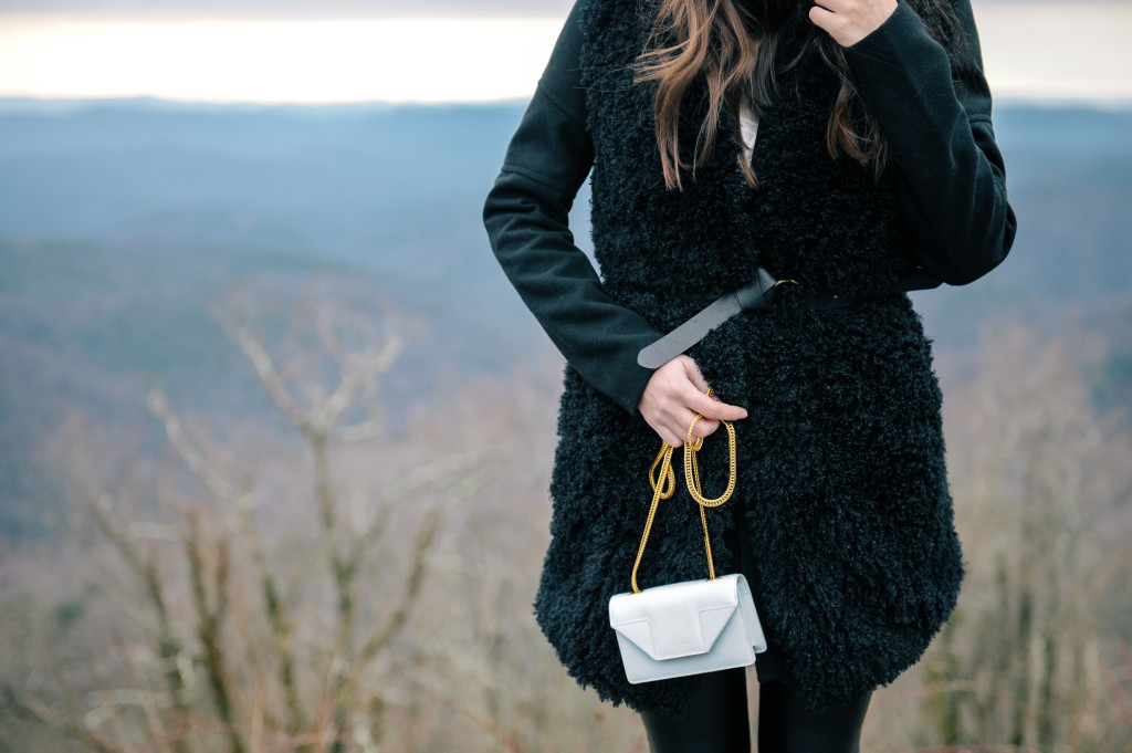 asos_fuzzy_vest_blowing_rock-11