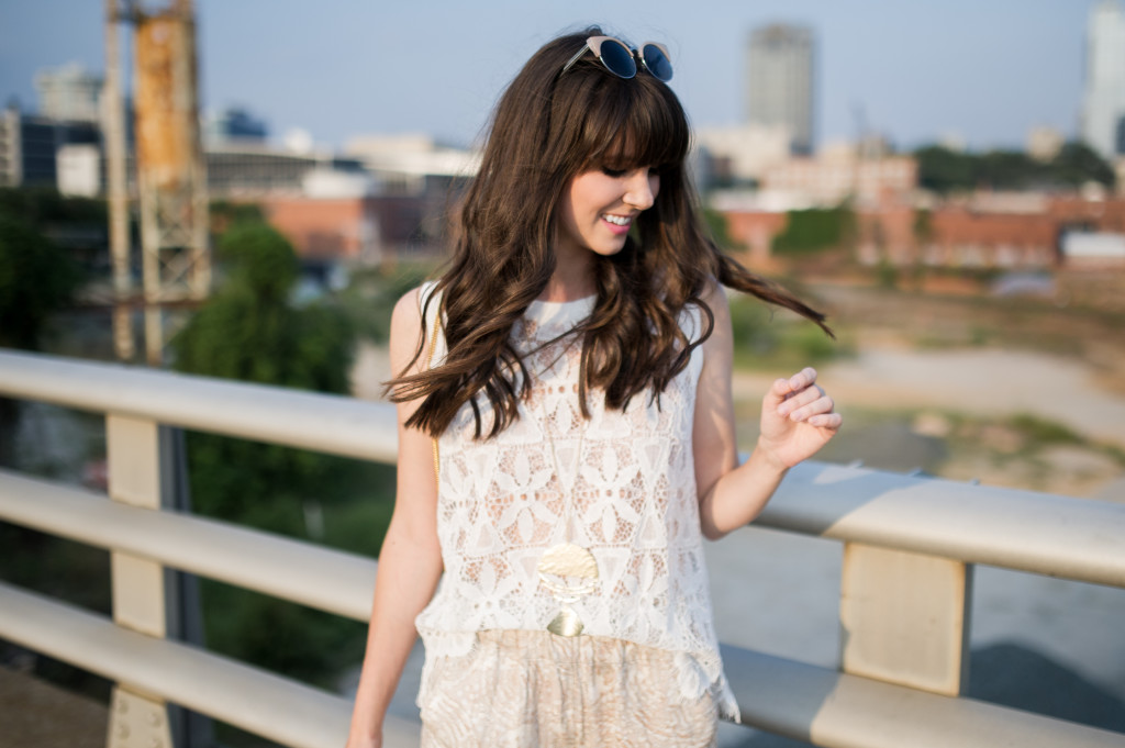 anthropologie_scallop_tank_white_lace-2