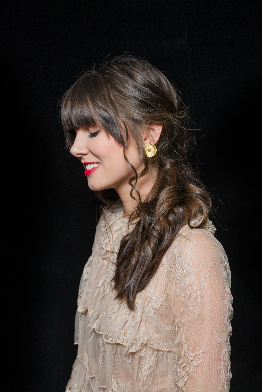 how-to-holiday-hairstyle-easy-romantic-31