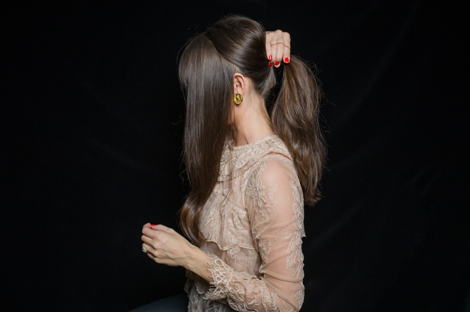 how-to-holiday-hairstyle-easy-romantic-5