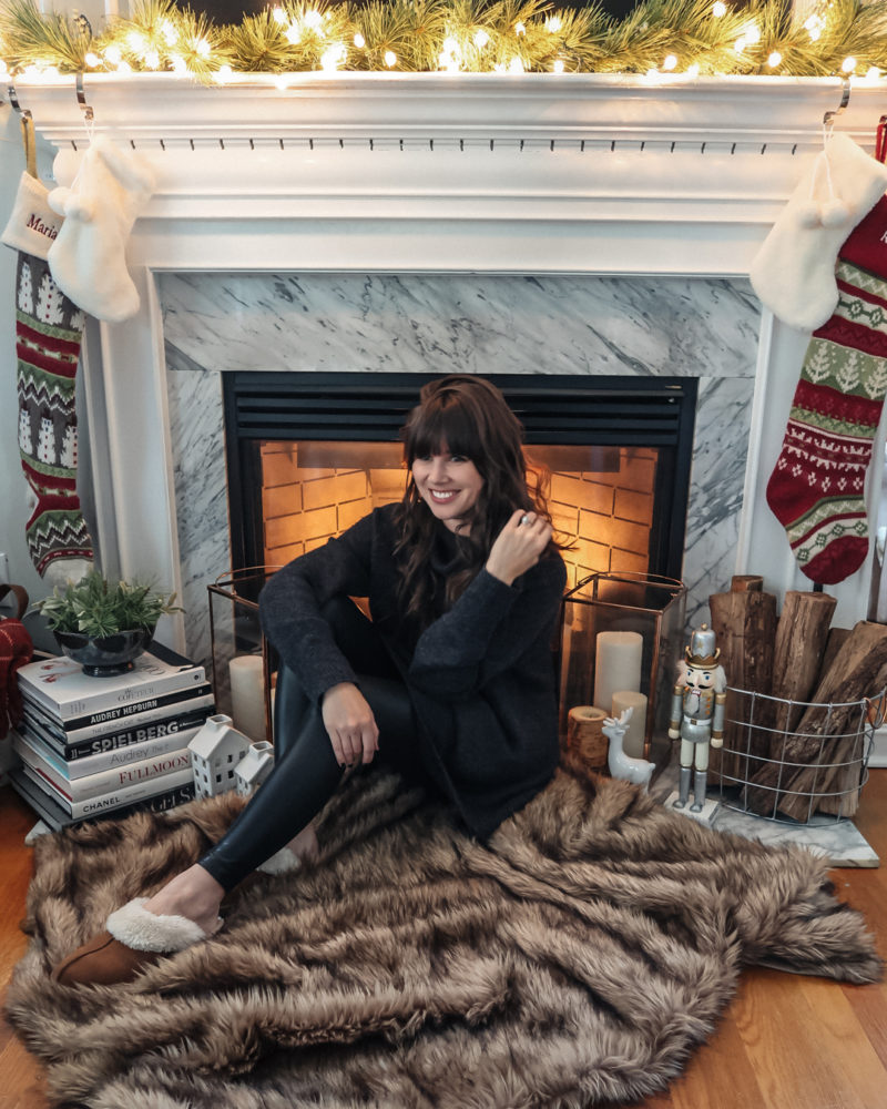 Gift Guide: What to Buy the Cozy Girl